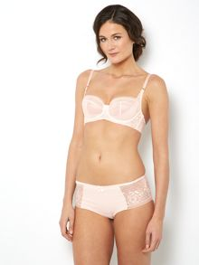 Lace Range in Pink