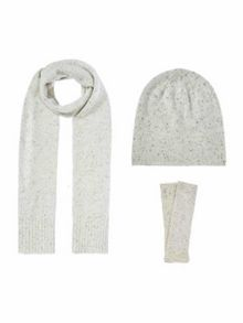Gray & Willow Cashmere knitted accessories