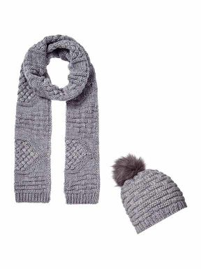 Linea Cable knit accessories