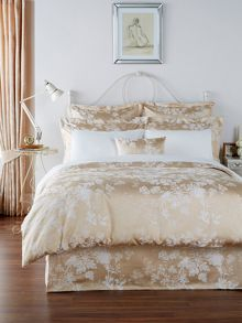 Christy Gypsy Floral bed linen range