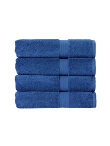 Christy Hoxton bathroom towel & shower mat range