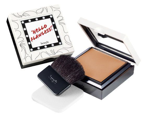 Hello Flawless! SPF15 Foundation Powder