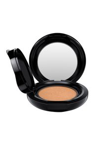M·A·C Matchmaster Shade Intelligence Compact