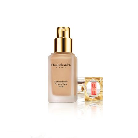 Elizabeth Arden Flawless Finish Perfectly Satin Makeup