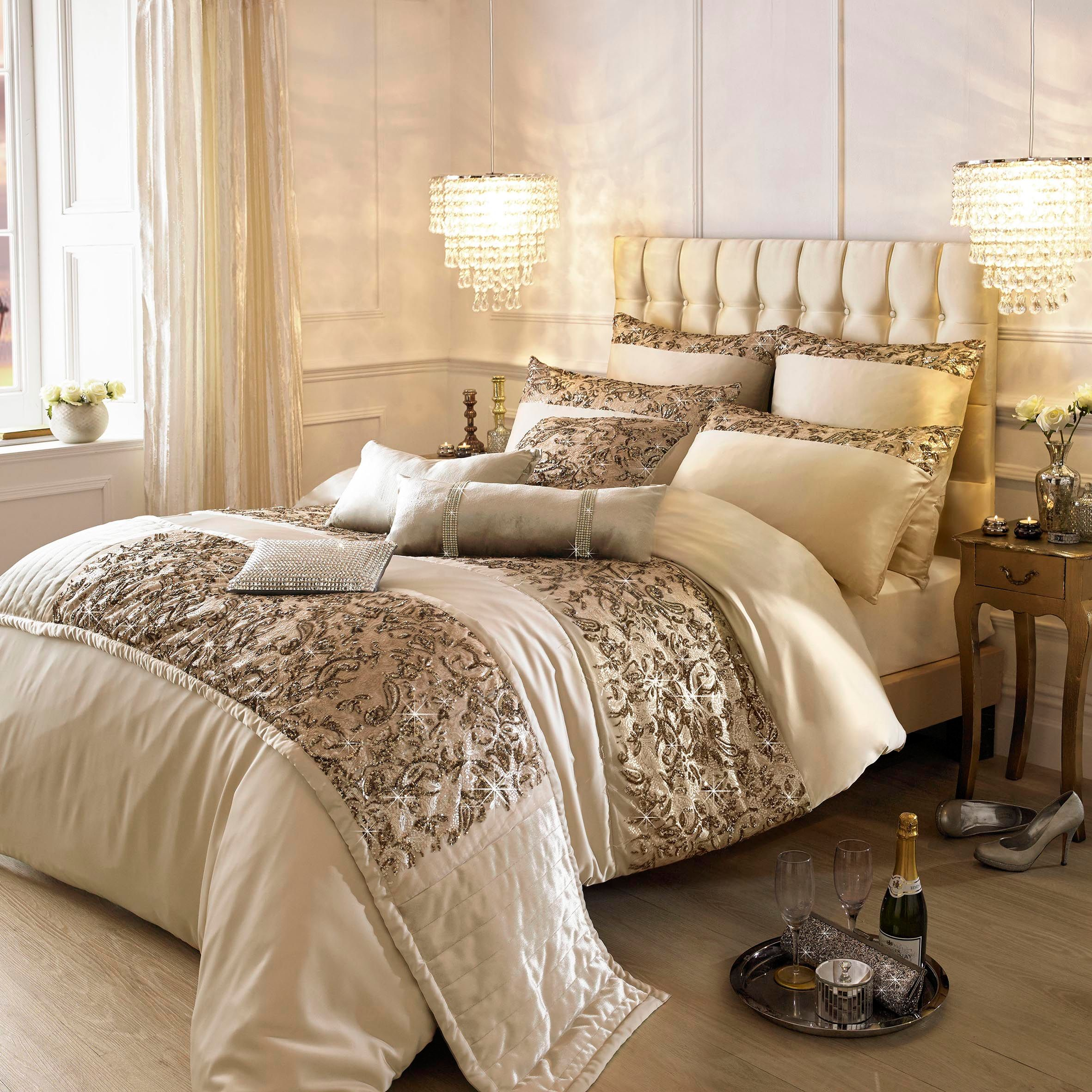 kylie minogue alexa gold super king duvet cover  house of fraser -