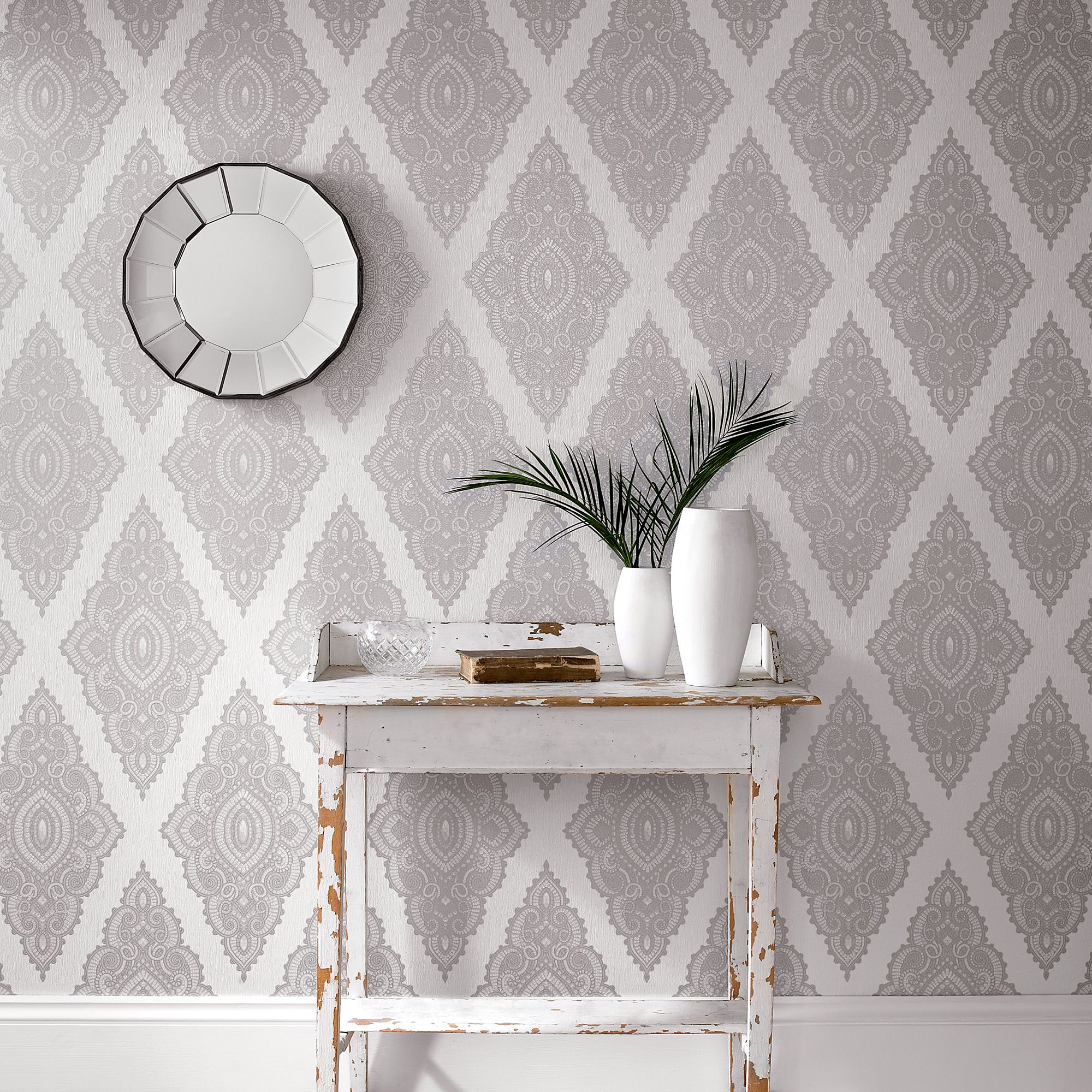 Graham Brown White Pearl Silver Jewel Wallpaper