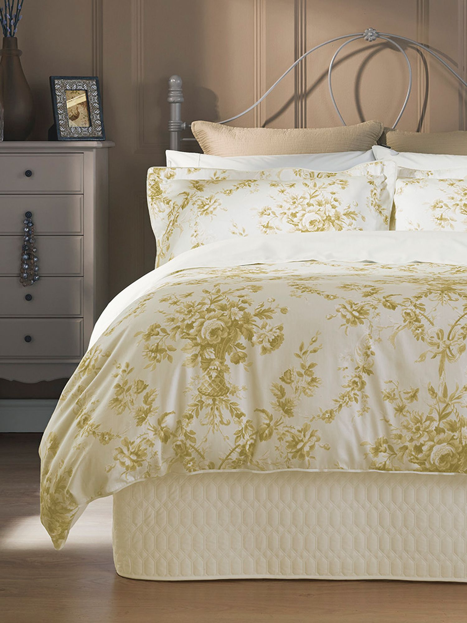 christy toile duvet set