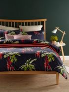 Christy Japonica Duvet Set Carmine